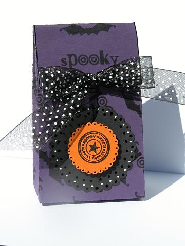 halloween25710box2.jpg