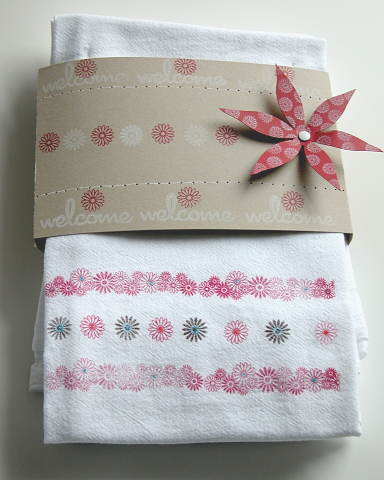 kitchen-sink-towels-playful-journaling.jpg
